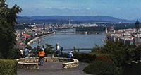 Панорама Будапешта с вершины горы Геллера