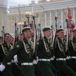 Репетиции и проведение Парада Победы ограничат движение в Петербурге
