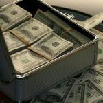 В Подмосковье задержали подозреваемого в коммерческом подкупе на 2,5 млн рублей