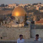 СМИ: В мечеть на Храмовой горе ворвались израильские полицейские