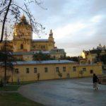 Во Львове снова осквернили могилу героя Советского Союза Николая Кузнецова